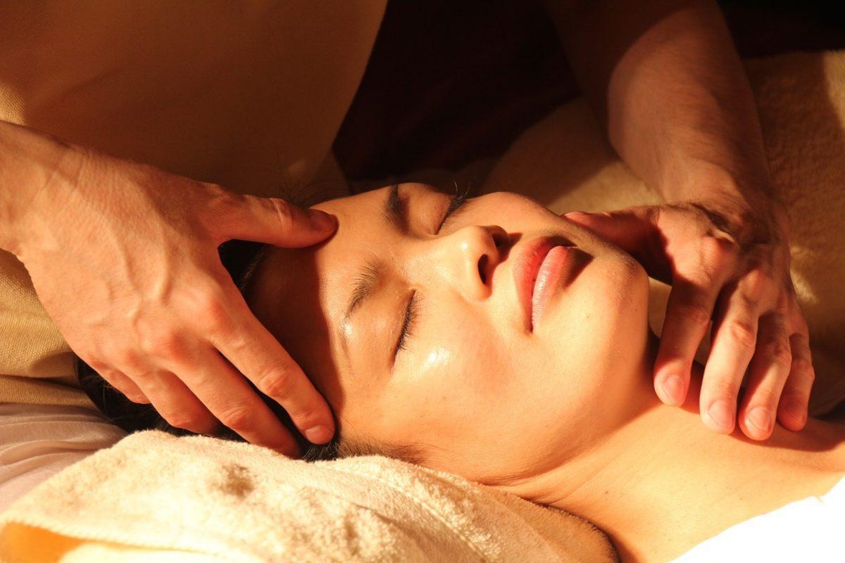Как да махнете умората с масаж?