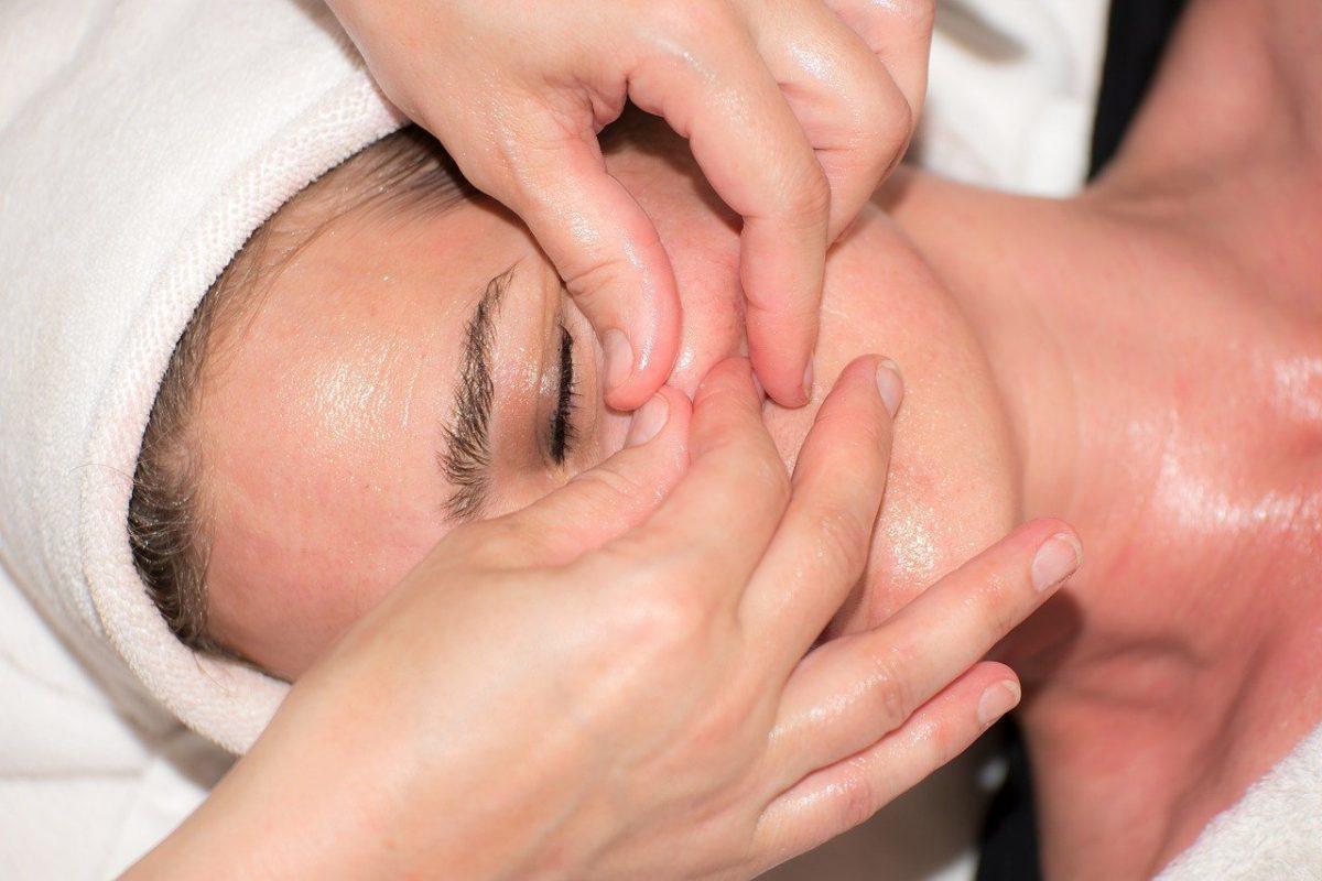 Как да успокоите зъбна болка с масаж!