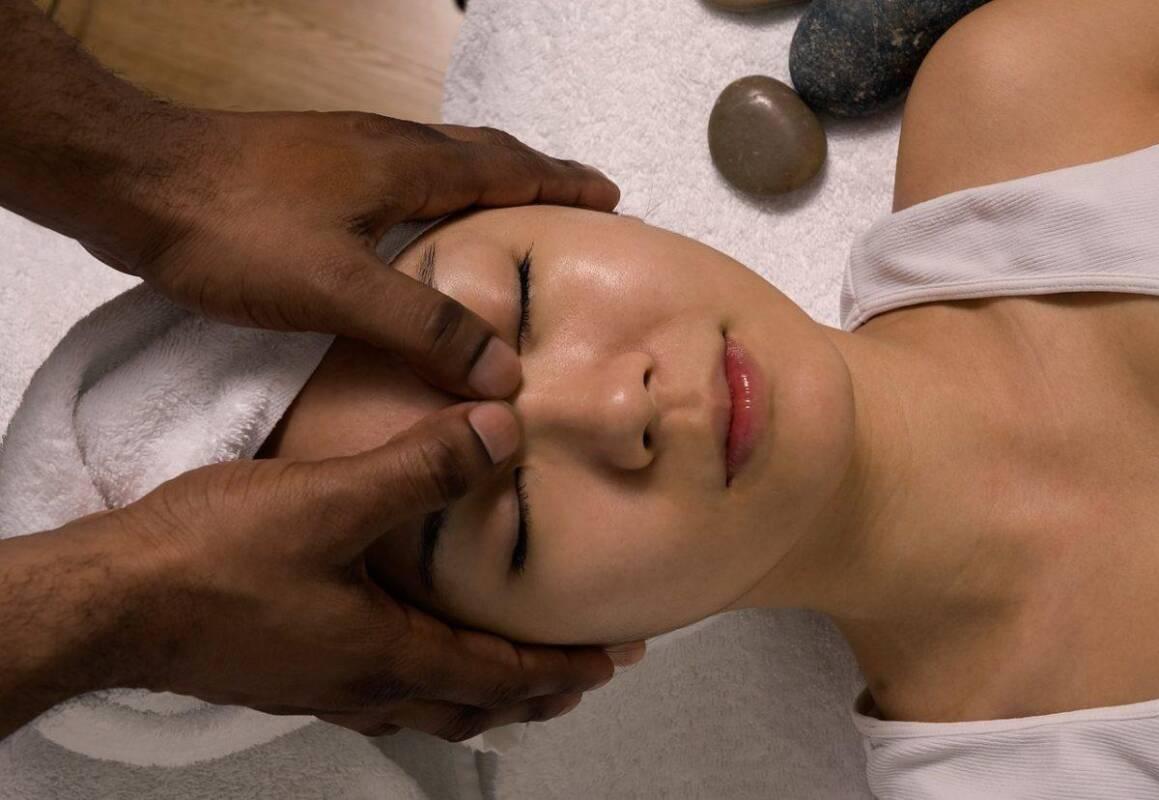 Как да излекувате хрема с масаж?