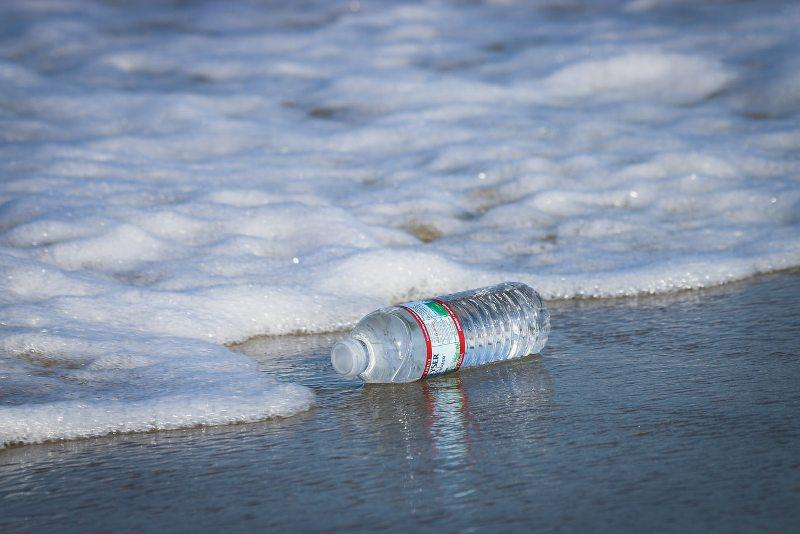 Обама разкри на американците истината за бутилираната вода
