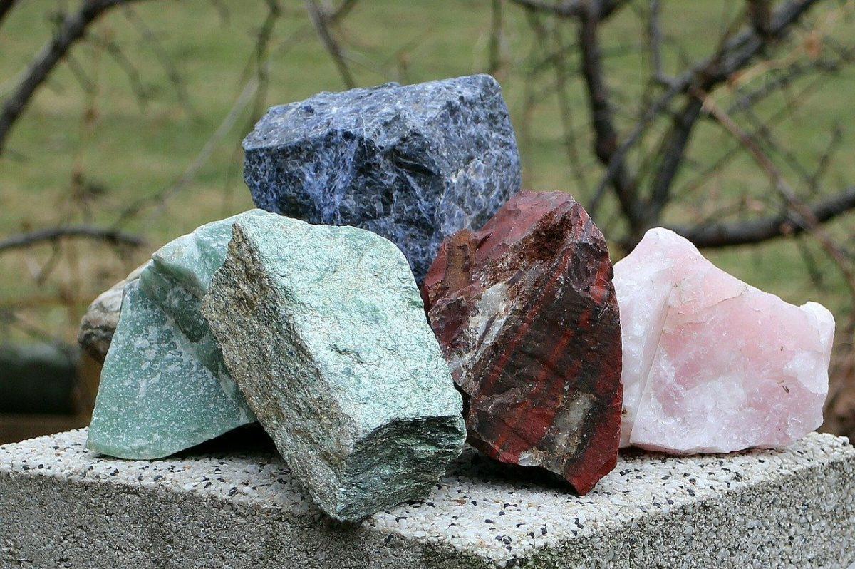 Камък хромит
