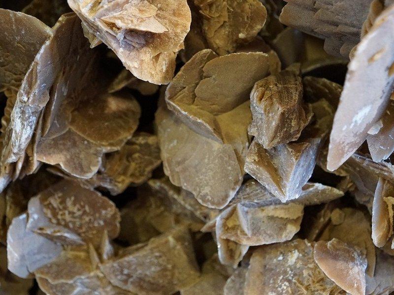 камък мусковит