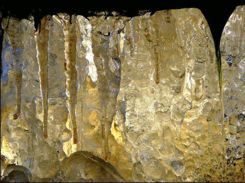 камък сингенит