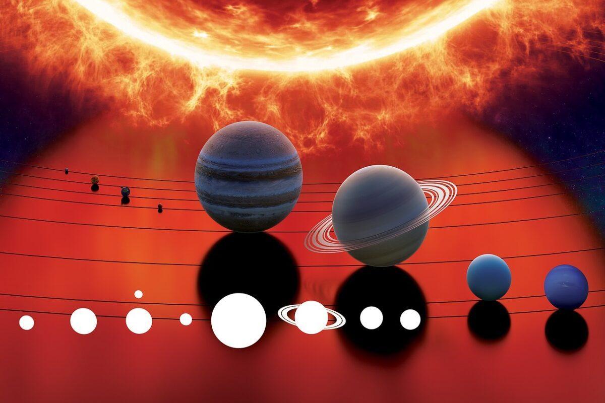 Юпитер, Сатурн и знакът Водолей